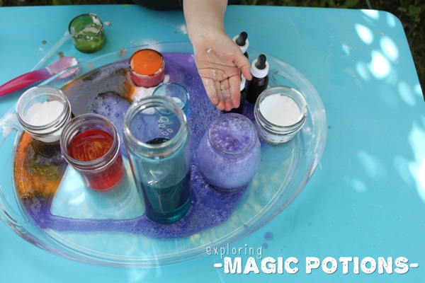 Exploring Magic Potions | Mama Papa Bubba